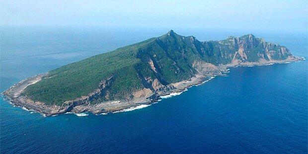 Japaner landen auf umstrittener Insel