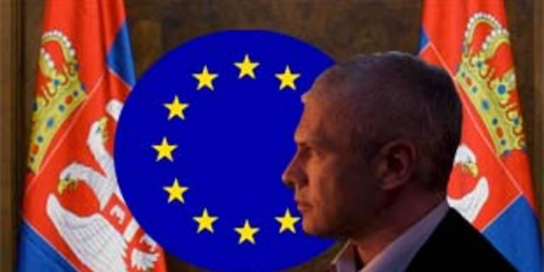 EU geht offiziell auf Serbien zu