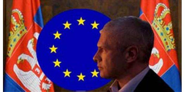 EU öffnet Tür für Serbiens Beitritt