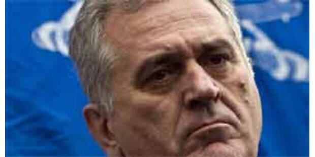 Serbische Nationalisten vor Wahl in Führung