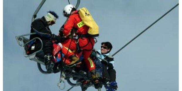 70 Skifahrer in Stmk. von Lift geborgen