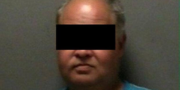 Mann hatte Sex mit einem Bankomat