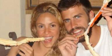 Shakira, Piqué & Söhnchen Milan genießen den Urlaub