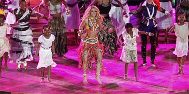 Shakira: Sexy in Pink auf Ibiza