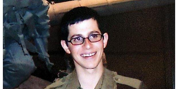 Hamas: Entführter israelischer Soldat lebt