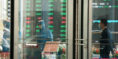 Coronavirus: Chinas Börsen brechen ein
