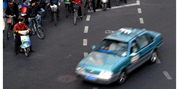 Schanghai stattet Taxis mit Spucknäpfen aus
