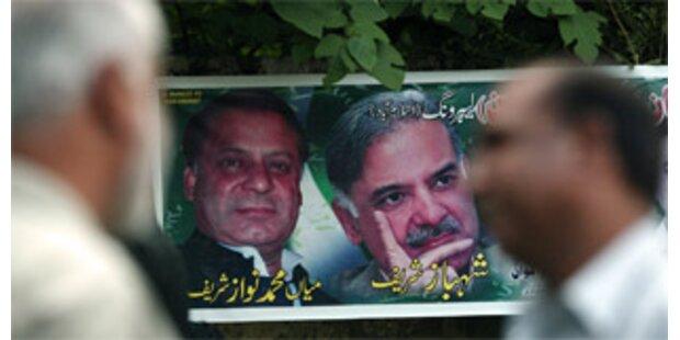 2000 Anhänger von Ex-Premier Sharif festgehalten