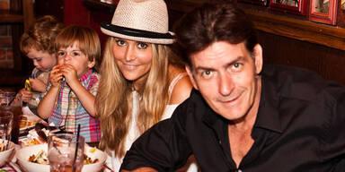 Charlie Sheen & Brooke Mueller mit Bob und Max