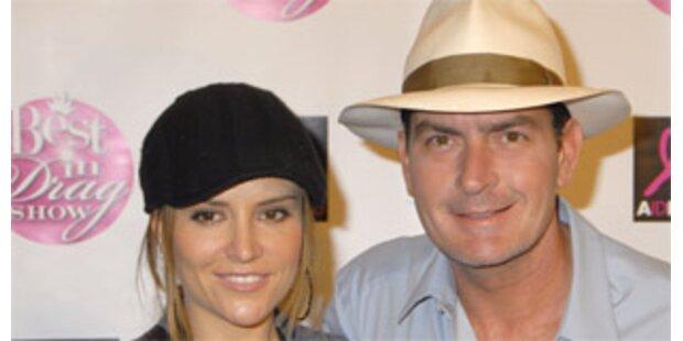 Charlie Sheen und Brooke Mueller erwarten Zwillinge
