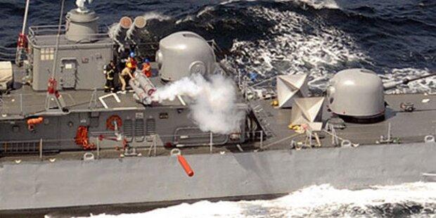 Fischkutter versenkt Kriegsschiff