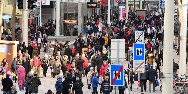 Chinesen shoppen bei uns für 555 Euro