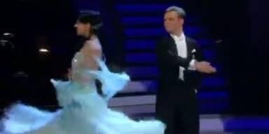 Petra Frey & Vadim Garbuzov tanzen Wiener Walzer