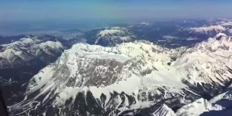 Vorbeiflug an der Tiroler Zugspitze