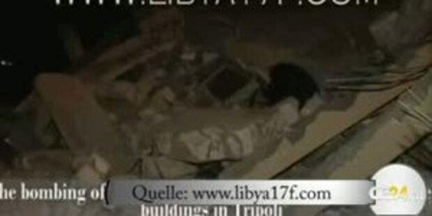 Gaddafis Fahrzeugpark bombardiert