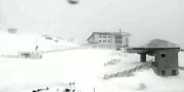 Heftiger Schneesturm auf dem Feuerkogel