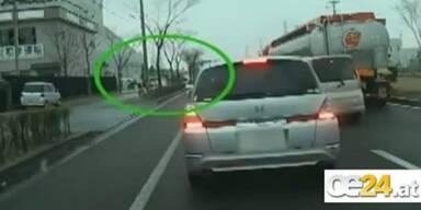 Neues Schock-Video direkt aus dem Tsunami