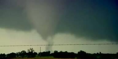 Tornadojäger und ihre heldenhafte Arbeit