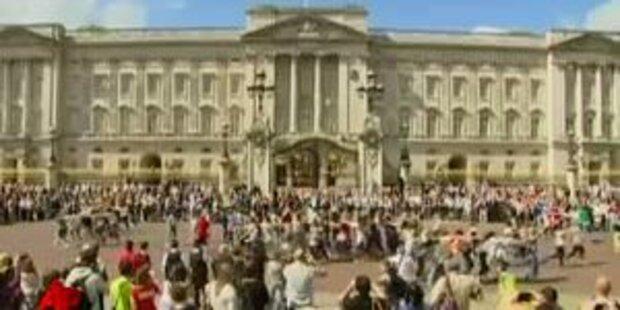 Flashmob vor dem Buckingham Palace