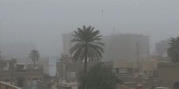 Ein Heftiger Sandsturm verdunkelt Bagdad