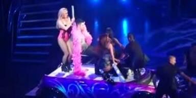 Joe Jonas schämt sich bei Lapdance