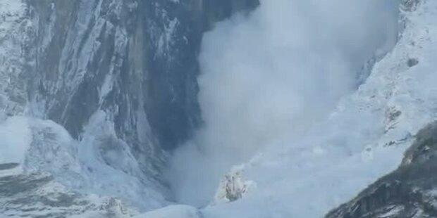 Amateurvideo: Monsterlawine in Nepal