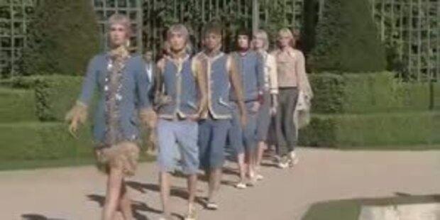 Lagerfeld bringt Rokoko nach Versailles