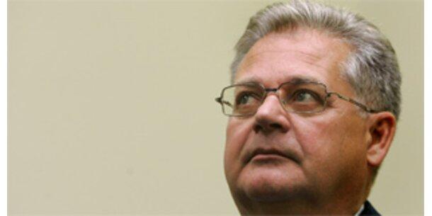 Ex-Siemens-Manager gesteht im Schmiergeldprozess