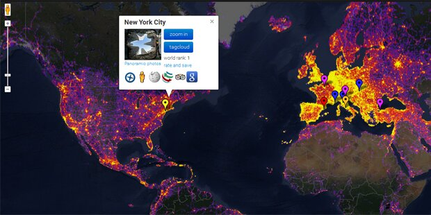 Foto-Weltkarte mit beeindruckenden Infos