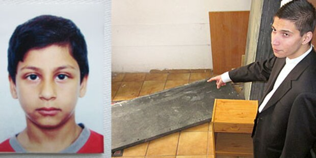 Marmorplatte fiel um und begrub Nikola (8)
