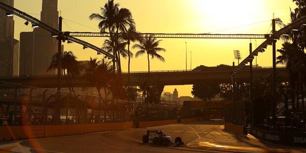 Hamilton holt Pole Position in Singapur