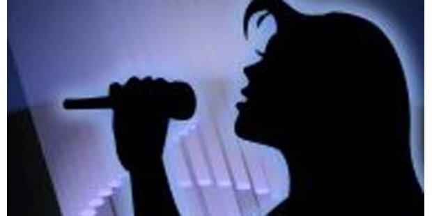 Frau verlor Job, weil sie bei der Arbeit sang