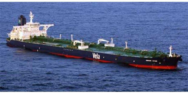 Piraten ziehen mit Sirius-Star auf hohe See ab