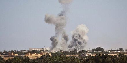 Massenflucht aus Gaddafi-Heimatort Sirte