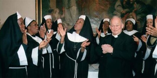 Skurril: Nonnen-Casting für Papstbesuch