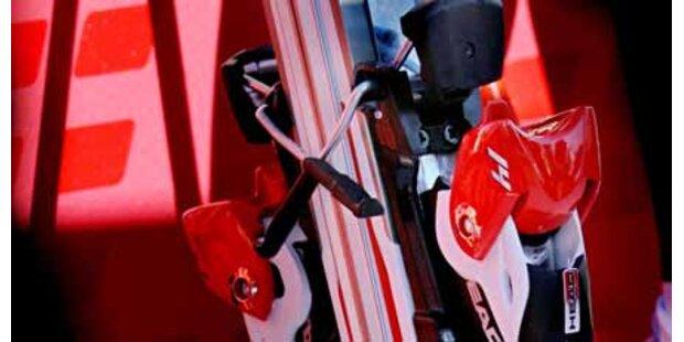Slowenen stehlen Skier aus VIP-Zelt