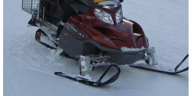 Wiener rammt Ski-Doo - Arm gebrochen