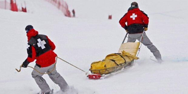 Skifahrerin rast gegen Pistenbegrenzung