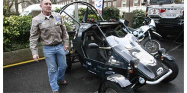 Britische Abenteurer hoben mit fliegendem Auto ab