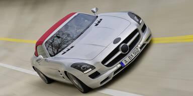 Der SLS AMG Roadster auf Erprobungsfahrt