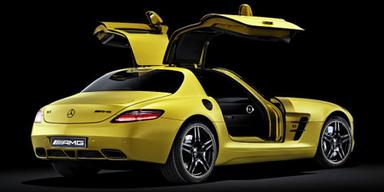 Mercedes baut goldenen Flügeltürer