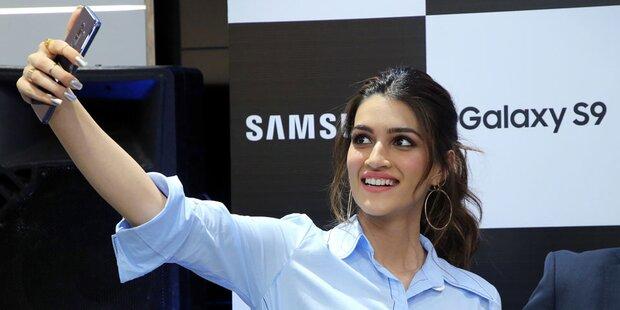 Kunden kaufen verstärkt teure Smartphones