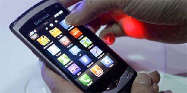 Internet-Handys surfen auf Erfolgswelle
