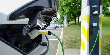 Standortinfos zu E-Auto-Ladestellen heiß begehrt