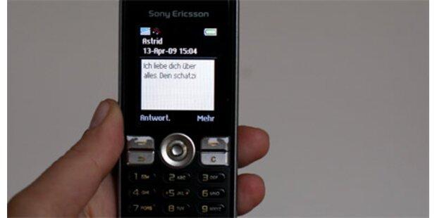Betrüger machte Millionen mit Flirt-SMS