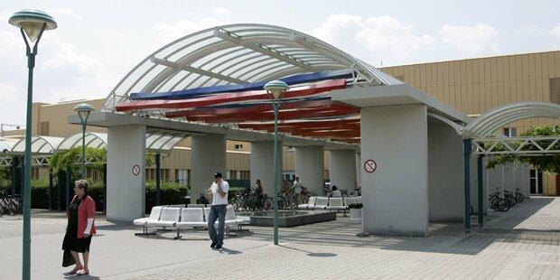 Flüchtling randaliert im Donauspital