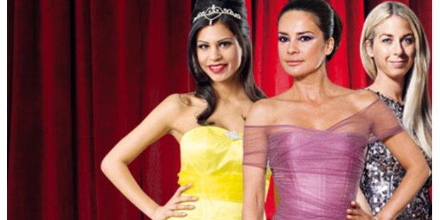 Society-Ladys zeigen Opernball-Roben