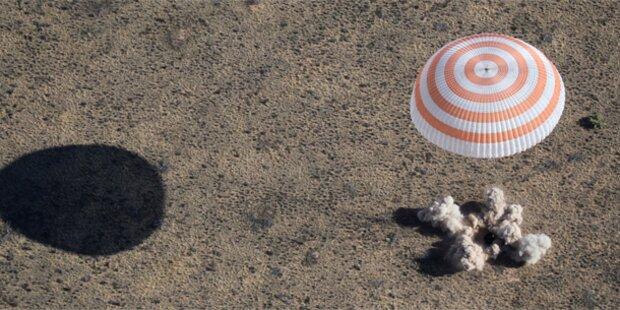 Sojus-Kapsel mit 3 Raumfahrern gelandet