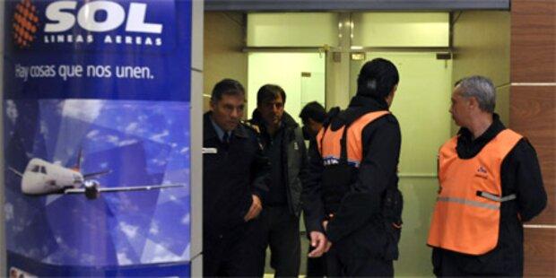 Flugzeug abgestürzt: 22 Tote