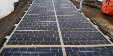 Erste Solarstraße der Welt eingeweiht